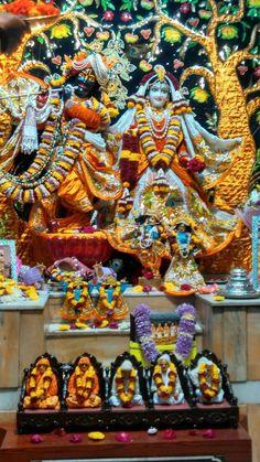जय श्री राधे कृष्णा 🙏 #श्रीकृष्ण #श्रीकृष्णा #Temple #HareKrishna #ISKCON #LordKrishna #Makeuplover #MakeupArtist #India #Beautiful #Beauty #Art #Pics #Diamond #Jewellery #Love #Hindu #Decoration  #Costume #flowers #Artist #Flute #RadheKrishna #incredible #Picture #Picoftheday #Pic #Lovers #Artwork #Indiapictures #Lovely