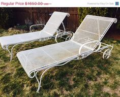 60 Off Easter Vintage Wrought Iron Salterini Woodard Mesh Metal Chaise Lounge Chairs