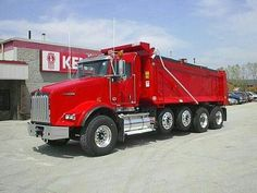 Kenworth custom T-800 quad axle dump