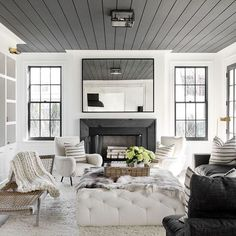 Another shot from today's post -- a black paint guide + pottery barn friends and family sales picks all on Beckiowens.com!  Design @tamaramageldesign