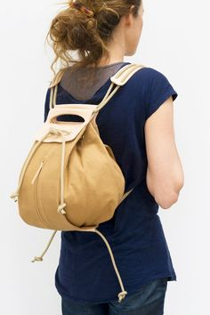 knapsack canvas leather handles / butterscotch & by chrisvanveghel