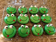 Love these frog cupcakes for the kids!!  C Star Cakes in Allen, TX!