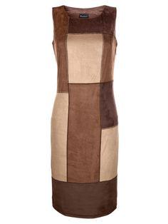 Wir sind ganz vernannrt in das Kleid mit modischem Patchwork-Design. #Mode #Kleid #Patchwork