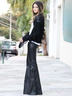 thassia-naves-estilo-calca-flare-couro-street-style