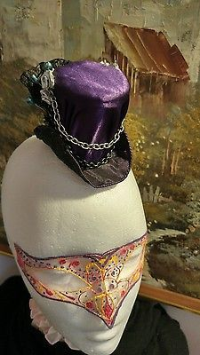 Mini top hat fascinator headpiece steampunk Victorian alice in wonderland larp burlesque Nemesia.theall@gmail.com https://m.facebook.com/NemesiasCreations/