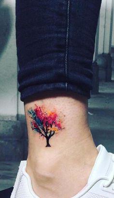 Watercolor Tattoos Will Turn Your Body into a Living Canvas Aquarell Baum Tattoo von Çağdaş Gümüş Tattoo Artist The post Aquarell-Tattoos verwandeln Ihren Körper in eine lebendige Leinwand appeared first on Frisuren Tips. Maple Tree Tattoos, Bonsai Tree Tattoos, Willow Tree Tattoos, Tree Tattoo Foot, Foot Tattoos, Body Art Tattoos, Small Tattoos, Small Colorful Tattoos, Thigh Tattoos