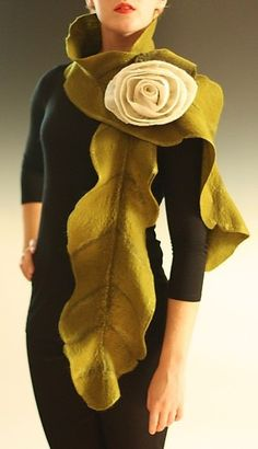 """""""Rebecca Scarf in Green with Cream Rose"""" Silk Wool Scarf Created by Elizabeth Rubidge Nuno Felting, Needle Felting, Felt Flowers, Fabric Flowers, Diy Accessoires, Cream Roses, Silk Wool, Turbans, Choker"""