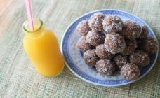 No bake coconut and date balls
