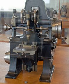 Slot-milling machine by Sharp & Stewart, USA, model exhibited at the Exposition Universelle, 1862.