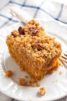 Forget about sweet potato pie! This Sweet Potato Cake With Pecan Streusel is a real treat for cozy fall moments. The simple homemade cake batter is kept moist with sweet potato puree, while the cinnamon flavored crumb topping gets baked to crispy golden perfection. This is an easy fall recipe for dessert, or serve it like coffee cake as an extra decadent Thanksgiving holiday breakfast! Click through now to learn how to bake this delicious cake!