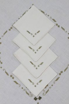 Ivory Linen Tablecloth & Four Napkins Italian Embroidered
