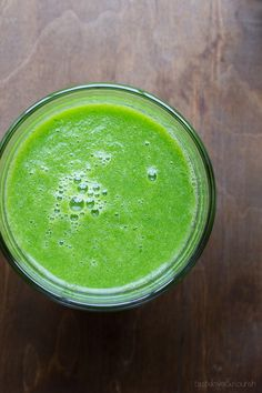 Cucumber Pear and Kale Restore Juice | @tasteLUVnourish | #juicing #juice #kale #cucumber #pear
