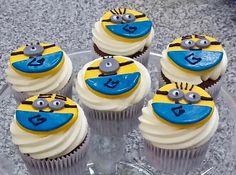 Muffins Minions personalizados para cumpleaños, bodas, mesa dulce. Wedding, Birthday d'Alicia Café Spain, Estepona, Guadalmina, Sotogrande