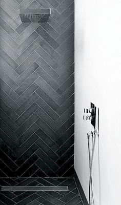 Nice 80 Stunning Tile Shower Designs Ideas For Bathroom Remodel https://roomadness.com/2017/11/25/80-stunning-tile-shower-designs-ideas-bathroom-remodel/
