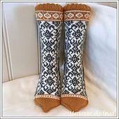 Ravelry: Påskekos sokker pattern by Marianne Skjelstad Fair Isle Knitting, Knitting Socks, Knitting Charts, Hand Knitting, Knitting Patterns, Knitting Ideas, Crochet Baby Blanket Beginner, Norwegian Knitting, Knit Crochet
