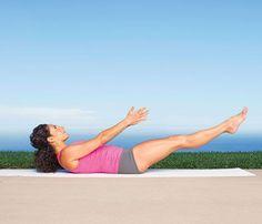 Jennifer Aniston's Yoga Moves for Flat Abs: Self.com