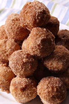 Churro Mini Muffins Are The Sweetest Way To Start The Day