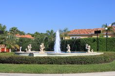 South Harbour Island Fountain