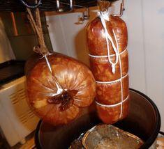 Czary mary gotuje Cezary: Kiełbasa wieprzowa z łopatki. Homemade Sausage Recipes, Smoking Meat, Caramel Apples, Pumpkin, The Cure, Food And Drink, Vegetables, Desserts, Sausages