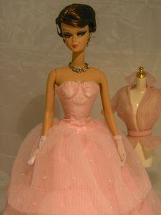 Dressmaker Details Couture Petal Perfect from Barbie Convention 2012 Vintage Style Outfits, Vintage Fashion, Barbie Convention, Barbies Pics, Barbie Collector, Barbie World, Vintage Barbie, Girly Girl, Dressmaking