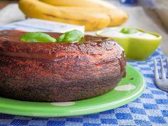 Sweet breakfast treats: Omlet a'la chocolate cake.