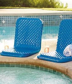 You'll enjoy this comfortable Folding Poolside Seat for seasons to come.