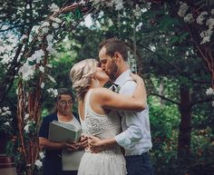 First Kiss | Wedding Photography | Wedding Inspiration | Penticton Wedding Photographer | Athabasca Wedding Photographer | Captive Light Photography | Alysia Semrok #weddings #weddingideas #weddingphotography