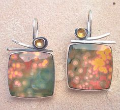 OMG what a gorgeous stone! Leslie Aine McKeown
