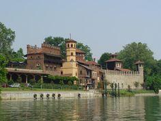 Borgo e Castello Medievale.  Foto: Torino Turistica