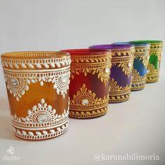 17 ideas plants diy pots life for 2019 Bottle Painting, Bottle Art, Bottle Crafts, Henna Candles, Diwali Candles, Wax Candles, Diy Diwali Decorations, Candle Decorations, Festival Decorations