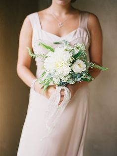 Photography: Leo Patrone Photography - leopatronephotography.com Floral Design: Honey of a Thousand Flowers - sarahwinward.com  Read More: http://www.stylemepretty.com/2013/04/18/deer-valley-wedding-from-leo-patrone-photography/