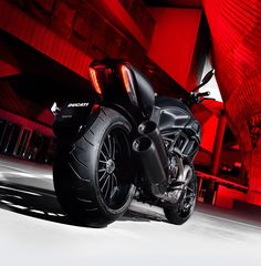 DUCATI Diavel Dark (via International Motorcycle Shows)