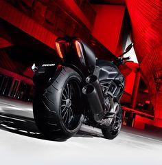 DUCATI Diavel Dark (via International Motorcycle Shows)