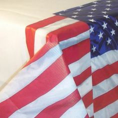 usa-flying-colours-tablecover