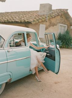 Turquoise Antique Car with Bride
