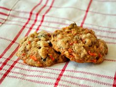 Carrot Cake Cookies - For freaks like me who love carrot cake but could do without the cream cheese frosting.