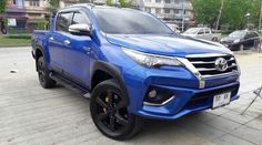 Toyota 4, Toyota Trucks, Toyota Cars, Toyota Hilux, Toyota Vehicles, Hilux 2017, Suv Cars, S Class, Cars And Motorcycles