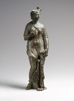 Isis-Aphrodite with Egyptian vulture cap. Roman Period ca. A.D. 161–180. Country of Origin Egypt. | © 2000–2014 The Metropolitan Museum of Art.
