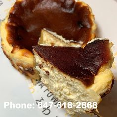 These days it's just Cheesecake and Chill⠀ Our Burnt Top cheesecake is available in both Original and Matcha flavours. It's an exquisite combination of textures as the caramelized sugar on top mixes with the fluffy and creamy cheesecake⠀ don't hear it from us, try it yourself and see why it's so delicious through our online menu. ⠀ Available at Eglinton/Bloor click Link in Bio www.fuwafuwapancakes.com Pancake Shop, Fuwa Fuwa, Souffle Pancakes, Japanese Pancake, Caramelized Sugar, Fluffy Pancakes, Matcha, Cake Ideas, Toronto