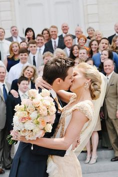Must get a picture like this at my wedding!