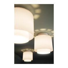 IKEA 365+ UTKIK Deckenleuchte IKEA Für gestreutes Licht, wirft dekorative Muster an die Decke.