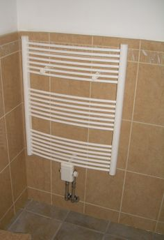 towel warmer Energy Saving Tips, Save Energy, Towel Warmer, Blinds, Curtains, Home Decor, Decoration Home, Room Decor, Shades Blinds