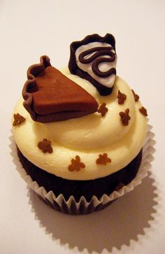 Thanksgiving Pie cupcake #cupcakes #cupcakeideas #cupcakerecipes #food #yummy #sweet #delicious #cupcake