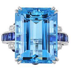 18 Carat Aquamarine Sapphire Diamond Platinum Ring