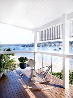Love this beach house deck. Cronulla Residence by Amber Road Waterfront Cottage, Waterfront Homes, Modern Coastal, Coastal Living, Coastal Cottage, Cottage Design, House Design, Deck Design, Landscape Design