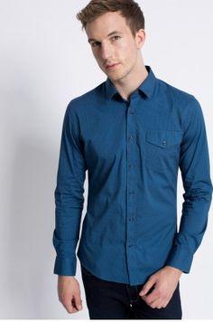 Zobacz produkt Medicine - Koszula Wildlife kolor niebieski  RW16-KDM609w oficjalnym sklepie odzieżowym online marki MEDICINE. Dostawa w 24h - dzisiaj zamawiasz, jutro przymierzasz. Zapraszamy do zakupów.