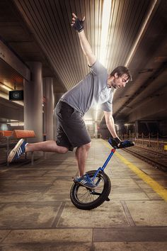 Kris Holm unicycle, oh and the riders pretty cool I guess :P