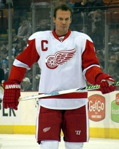 Detroit Red Wings retires Nicklas Lidstrom's jersey | TheCelebrityCafe.com
