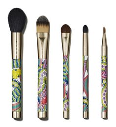 I'd love to have these brushes [Couture Five-Piece] <3 too bad I don't live in America...unless I do a swap...:D