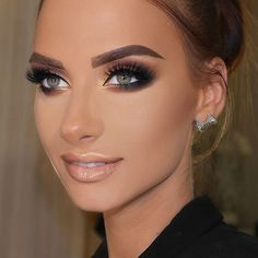 Check out these ideas about makeup for wedding. They are  breath-taking and sweet at the same time!